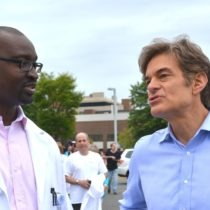 Dr. Seun Sowemimo and Dr. Oz talk weight loss issues